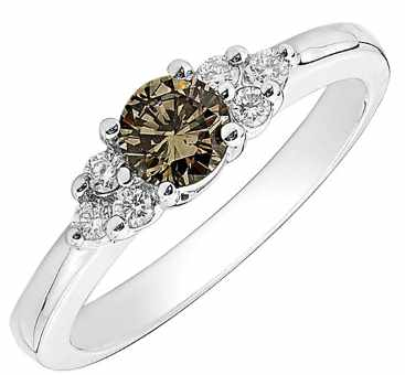 champagne diamond ring with side stones