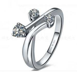 Go for extraordinary with unique diamond rings